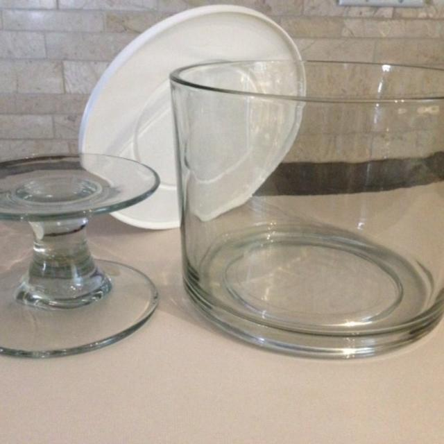 Find more Pampered Chef Dessert, Trifle, Fruit Bowl With Lid & Stand ...
