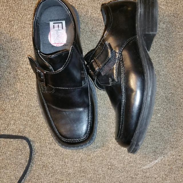 Like New.only Worn Twice For Pictures . Size 10 Boys Dress Shoes. More Pics  In Comments. Click On My Name To See Other Items for sale in Markham 4fbe91cd3