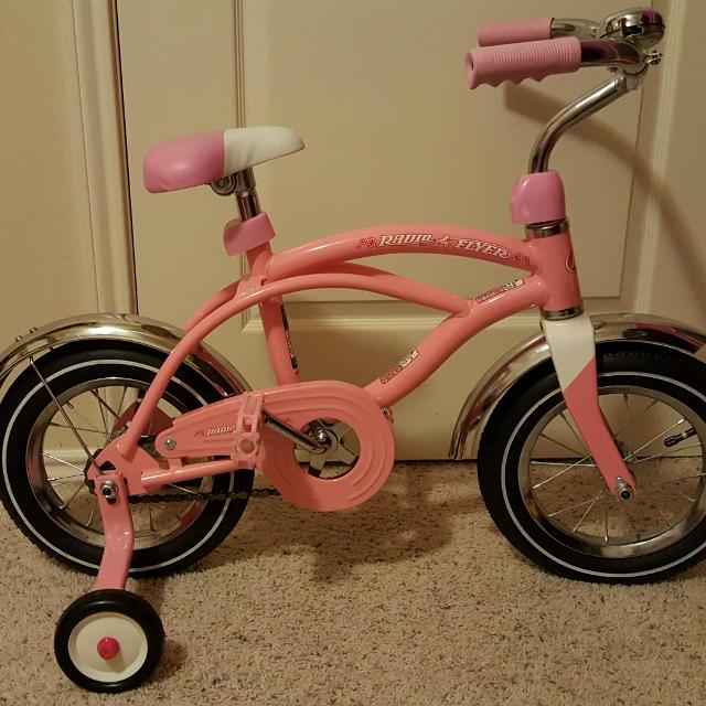 Find more Radio Flyer Pink Girls Toddler 12 Inch Bike With Training ...