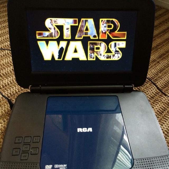 RCA - portable DVD PLAYER - model # DRC99391