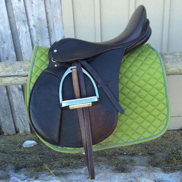All-purpose English saddle