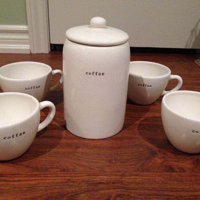 Pottery Barn Coffee House Collection 4 Large Mugs And Canister