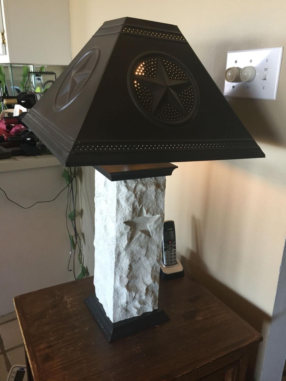 Texas Star Lamp In Great Shape