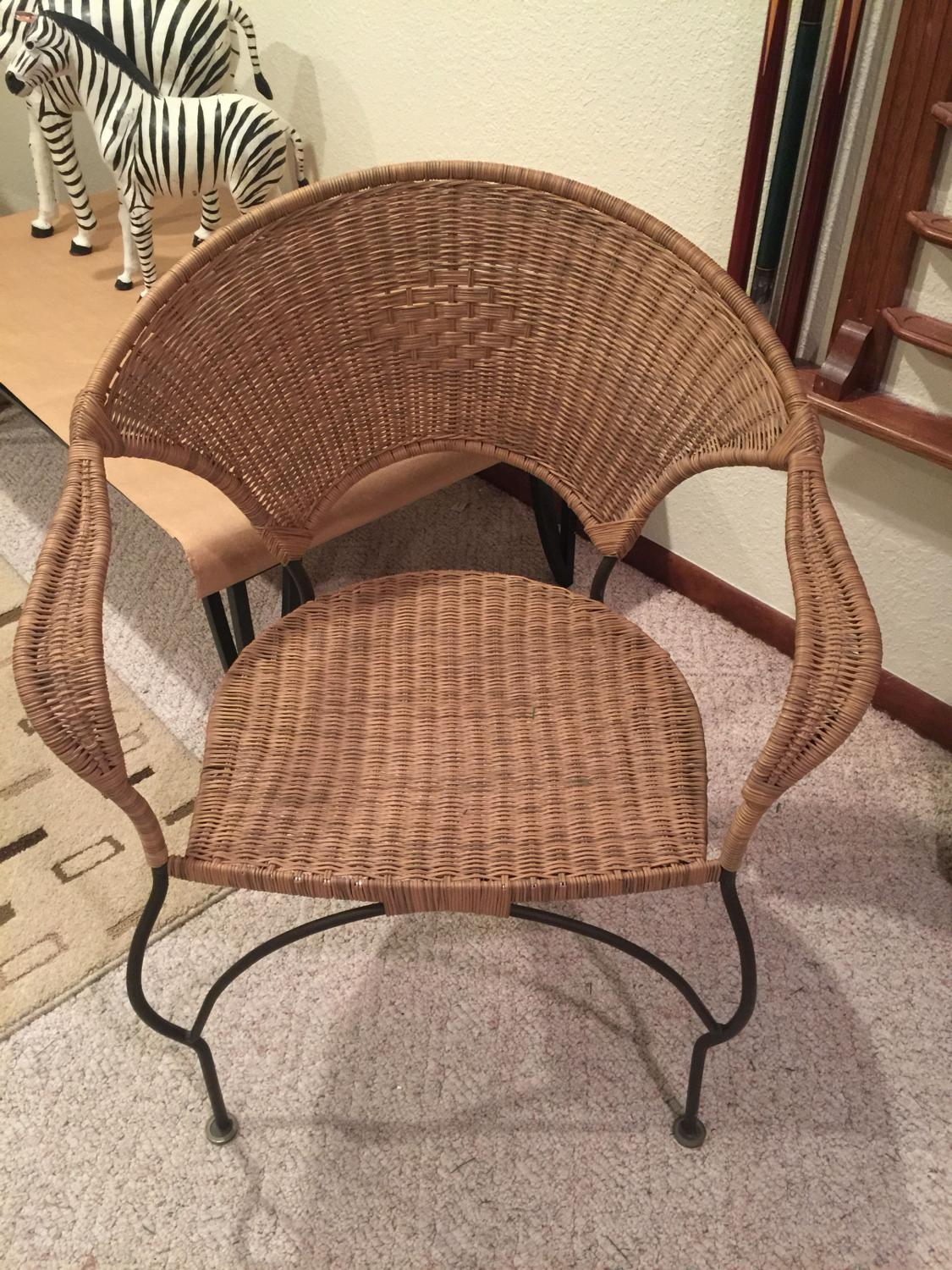 Best Set Of Two Wicker Chairs For Sale In Milwaukee Wisconsin 2021