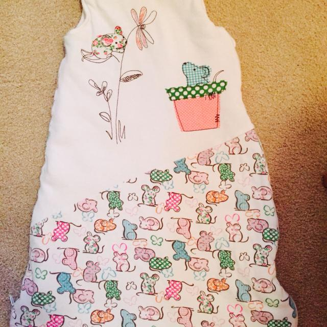 newest ffcf9 c1ba0 Gently used Willow blossom sleep sack 0-6 months