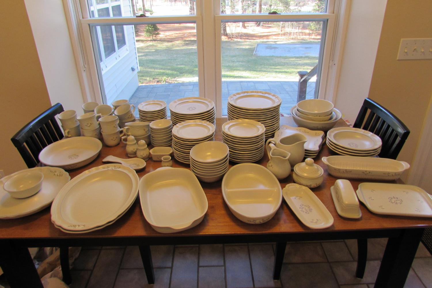 Best Pfaltzgraff Dishes - Retired Heirloom Pattern for sale in ...