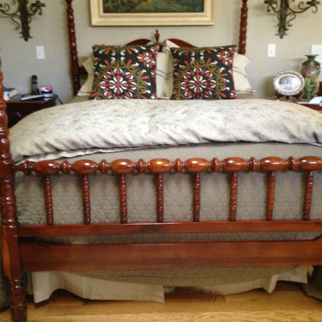 Find More Solid Cherry Antique Lillian Russell Bedroom