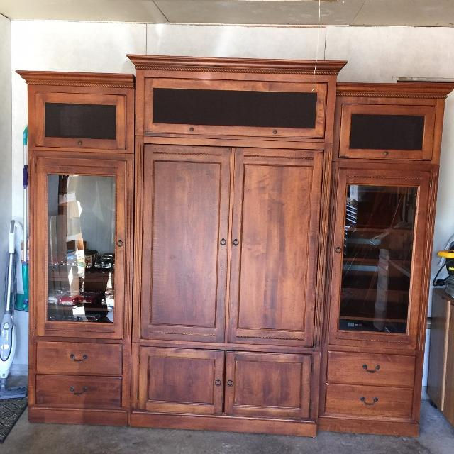 Ethan Allen Country Crossings Entertainment Center Armoire W Speaker Cabinets
