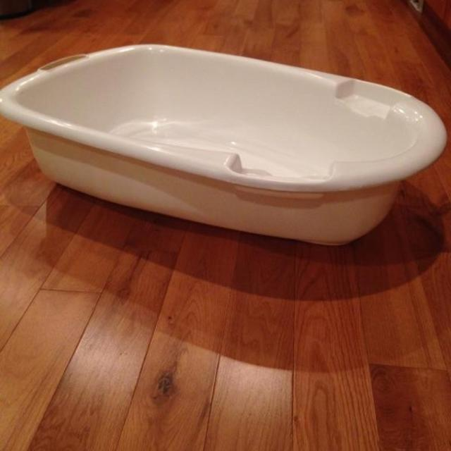 Find more Billy Large Baby Bath Tub for sale at up to 90% off