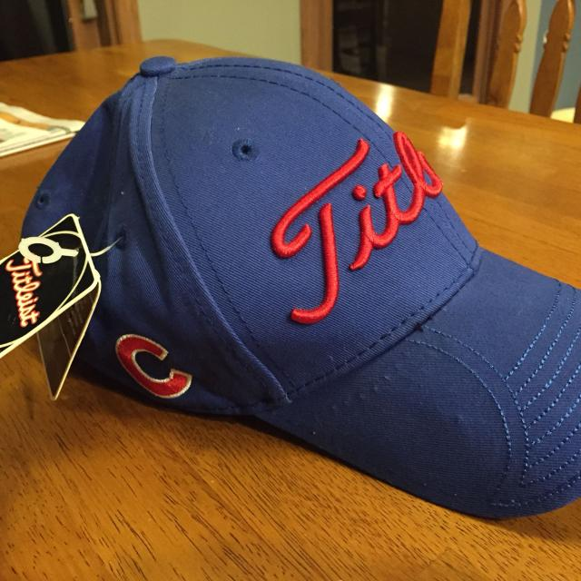 d07320a7cf4 Find more Titleist Men s Adjustable Hat Cubs for sale at up to 90% off