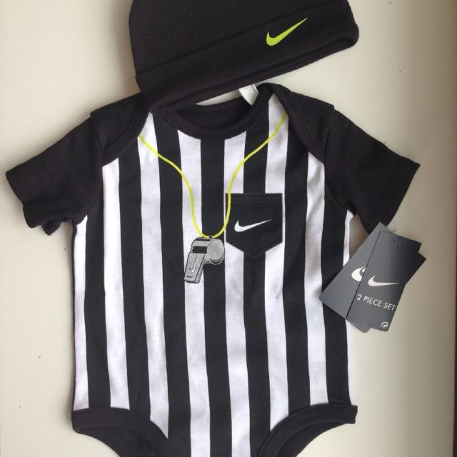 Find more Nike 0-3 Month Referee Onesie And Hat for sale at up to 90 ... de57bb0946d