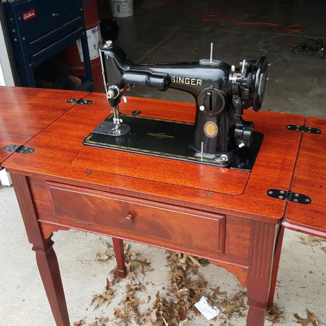 Best 40 Singer Sewing Machine With Original Cabinet For Sale In Awesome Singer Sewing Machine 1950 In Cabinet