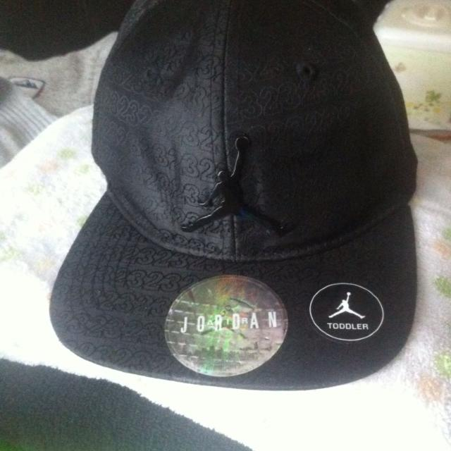 6762d9b79d3 Find more Euc Toddler Jordan Hat, It's A Snap Back So Can Fit For A ...