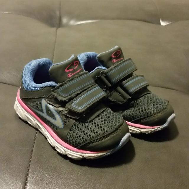 c62eb7e5515 Find more Champion Geofoam Toddler Girls Shoes - Size 5 for sale at ...