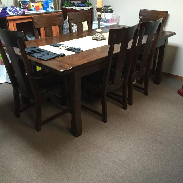 Best Mathis Brothers Dining Room Table And 6 Chairs For Sale In Shawnee Oklahoma 2019