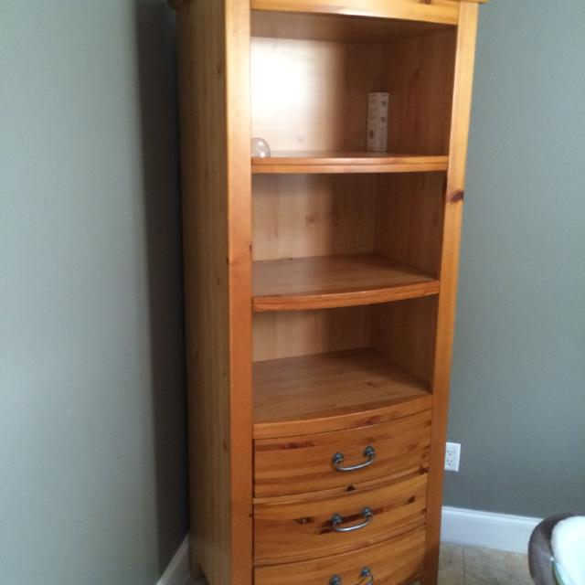 Set Of 2 Tall Bookshelves About 6 Foot And 28
