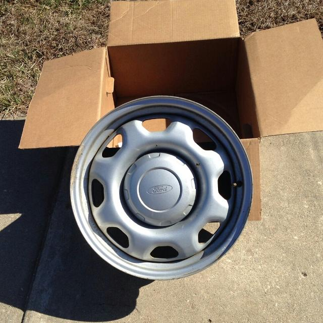 Ford F150 Bolt Pattern >> 4 Steel Wheels Fit 2009 2014 Ford F150 17x8 6 135 Bolt Pattern Very Good Shape 40 Each