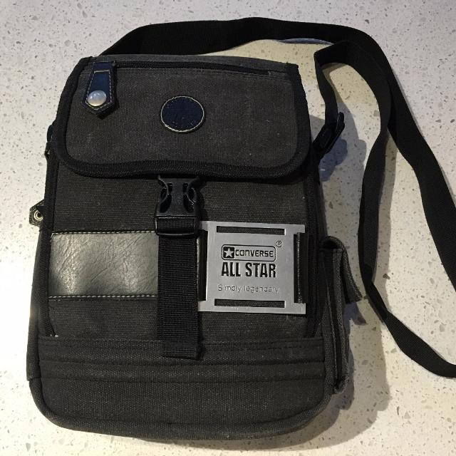 Find more Converse All Star Men s Messenger Bag - Classic Style ... 49af74202e2ac