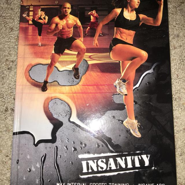Insanity add-ons!!! 2 discs (Max interval sports training and Insane Abs)