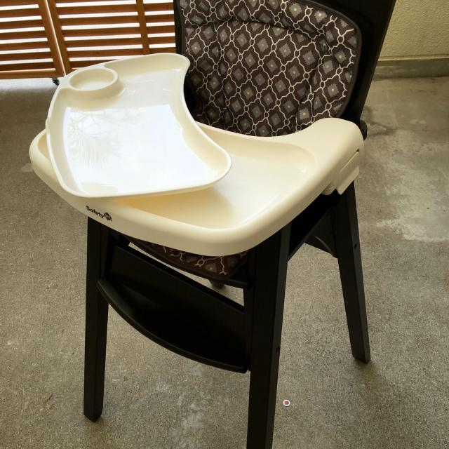 Safety 1st Wooden High Chair