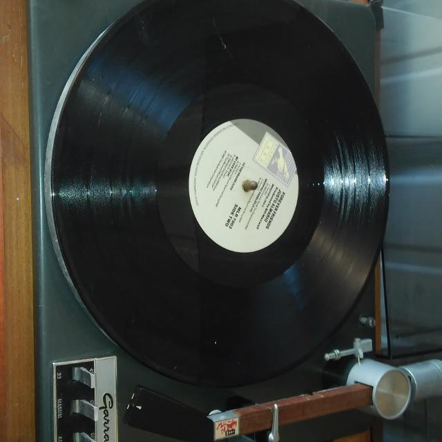 Garrard Lab 80 turntable
