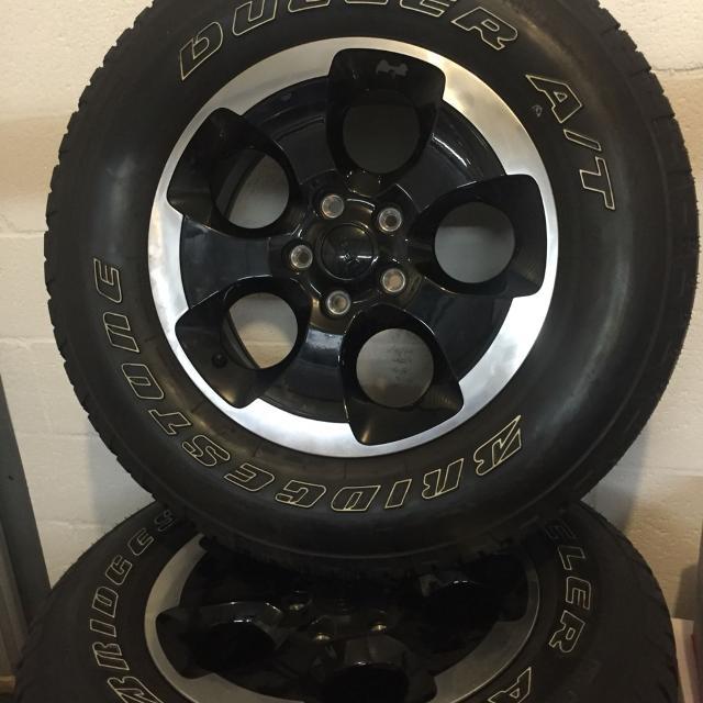 Best Tires For Jeep Wrangler >> Best 2014 Jeep Wrangler Polar Edition Sports 18 Inch Gloss Black