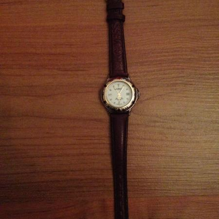 Ladies' Guess watch for sale  Canada