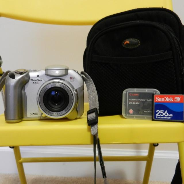 Canon PowerShot S1 IS Camera Bag 2 Memory Cards