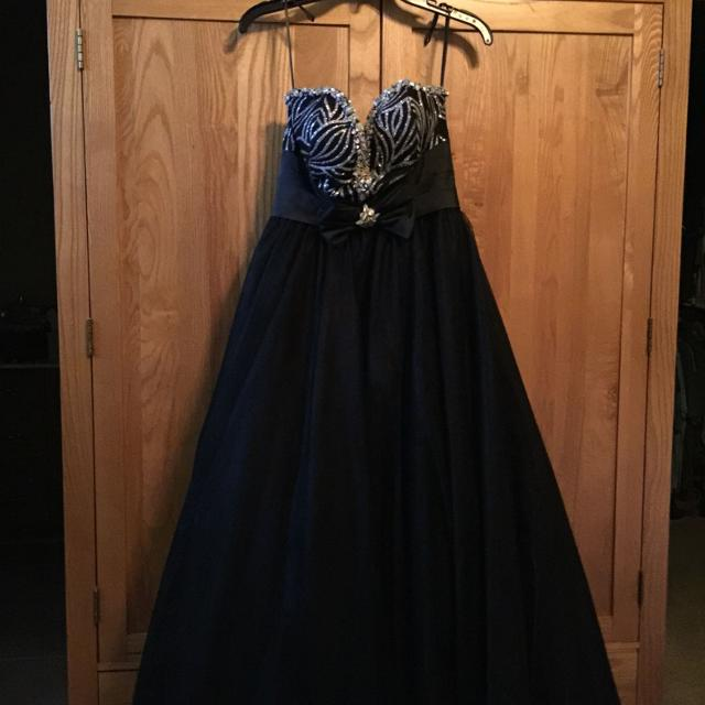 Best Prom Dress (poffie Girls) for sale in Hickory, North Carolina ...