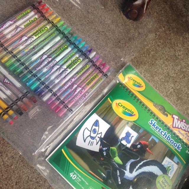Find More Crayola Twistables Pencils Sketchn Shade Art Kit For Sale