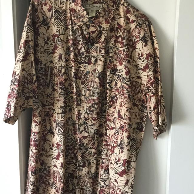 f8bd8c5b Best Tori Richards Mens Aloha Shirt. Gently Used. Check Other Posts For  More Aloha Shirts. for sale in Honolulu, Hawaii for 2019