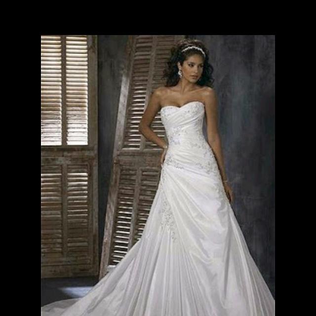 Best Maggie Sottero Wedding Gown for sale in Huntersville, North ...