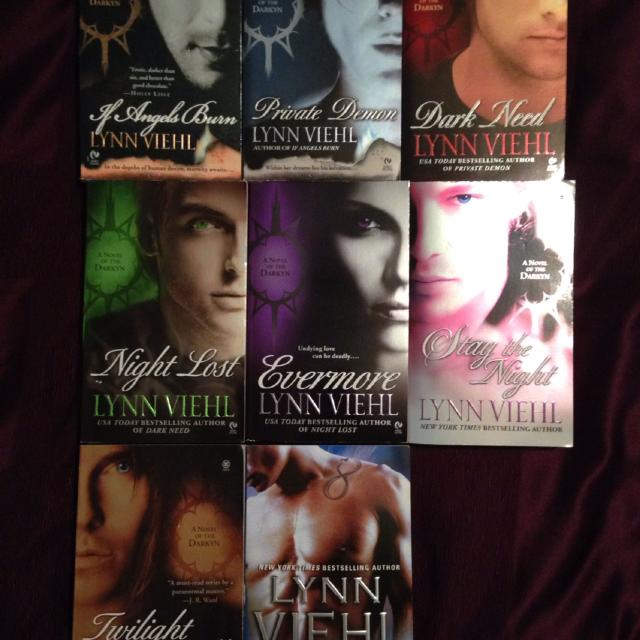 8 Romance Books by Lynn Viehl