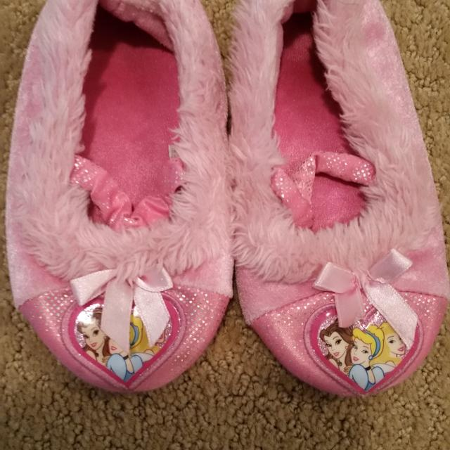 50338c56740 Find more Disney Princess Slippers Size 9-10 Pu Tsaw   3 for sale at ...