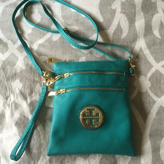 e5ac81fde0f Find more Nwt Teal Tory Burch Crossbody Replica  40 for sale at up ...