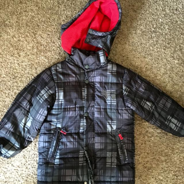 290aa603c00c Find more Boys Size 7  L Winter Jacket. Osh Kosh.new Condition. All ...