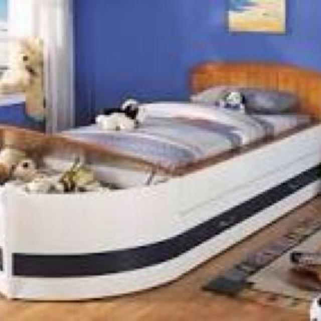 Pottery Barn Wooden Twin Boat Bed