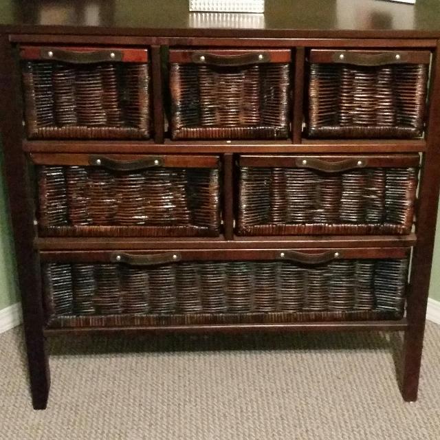 Smaller 6 Drawer Wicker Dresser In Great Shape 75