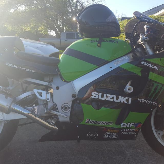 Great Running Clear Title 99 Gsxr 750