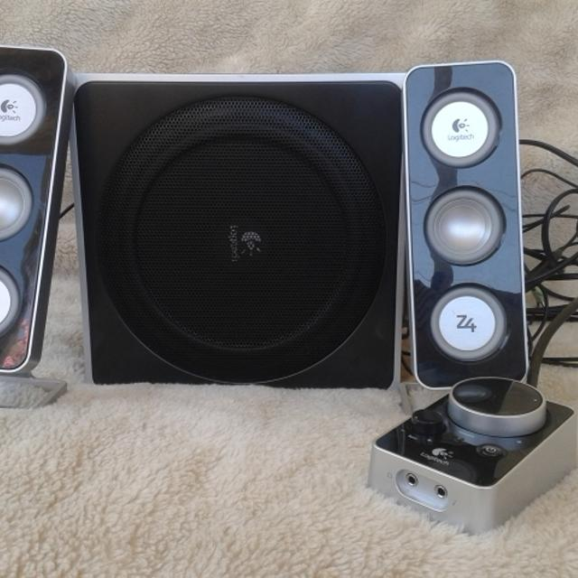 b20fc32c99c Best Logitech Speakers With Bass for sale in Stanthorpe, Queensland for 2019