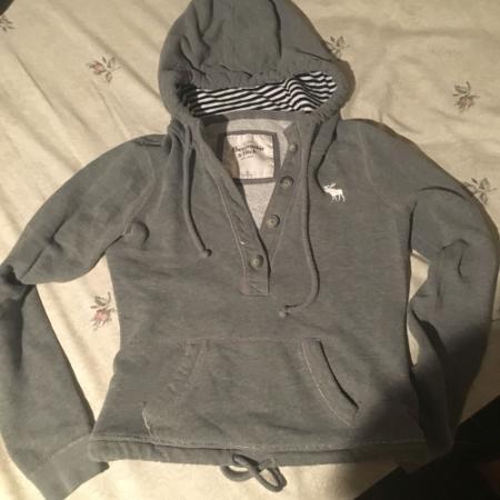 Abercrombie girls size 7/8 sweatshirt... for sale  Canada