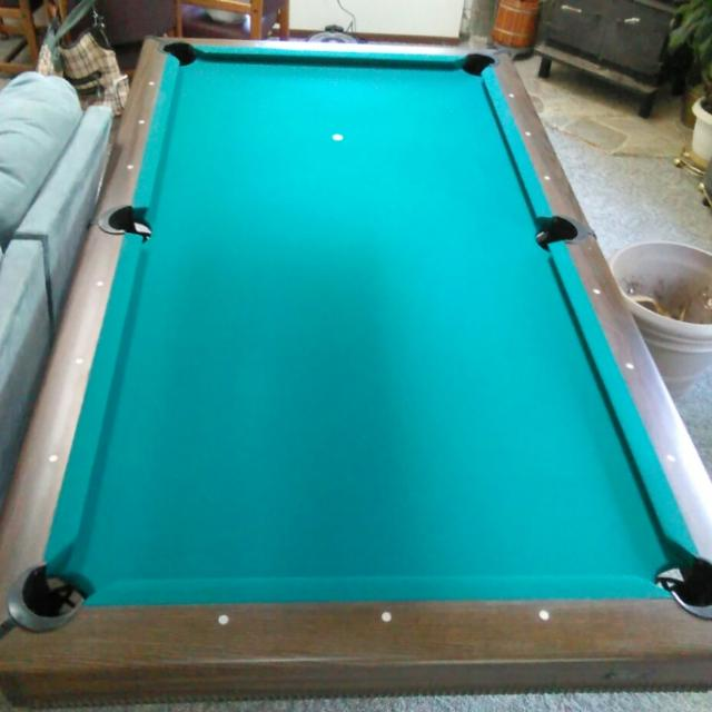 find more 8 foot frederick willys pool table new felt and