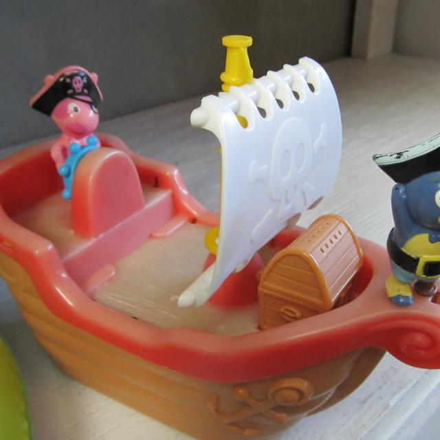 Find more Fisher Price The Backyardigans Pirate Tub Time Playset ...