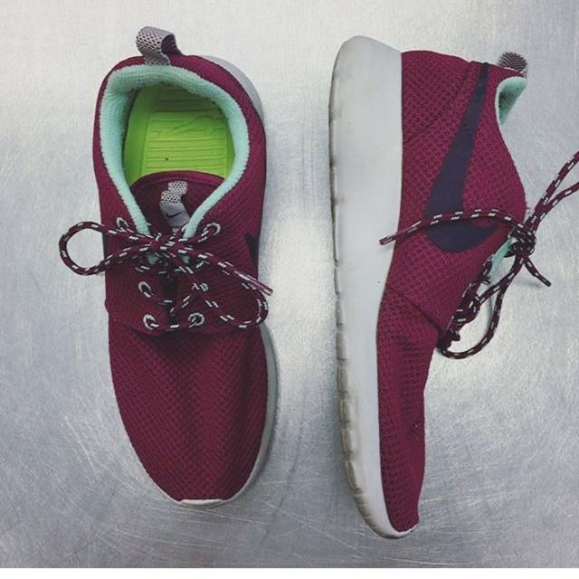 8f862505e78a Find more Size 7 Women Nike Roshes for sale at up to 90% off