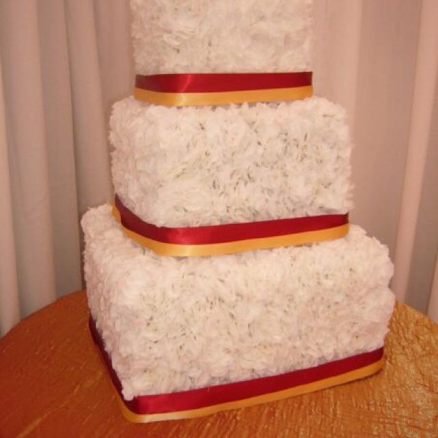 Best Fake Wedding Cake For Sale In Airdrie Alberta For 2019