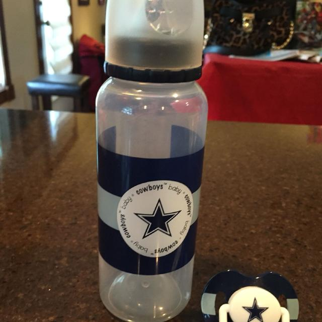 ede1e28e2bf Find more Brand New Dallas Cowboy Baby Bottle And Pacifier. for sale ...