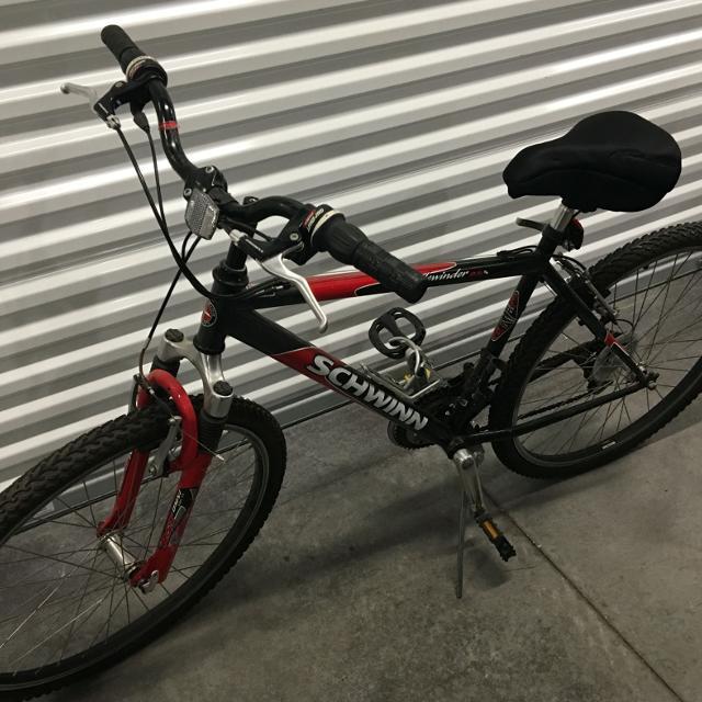 b7545ee37ca Best Schwinn Sidewinder 2.6 Fs Men's Mountain Bike Bicycle for sale in  Hialeah, Florida for 2019
