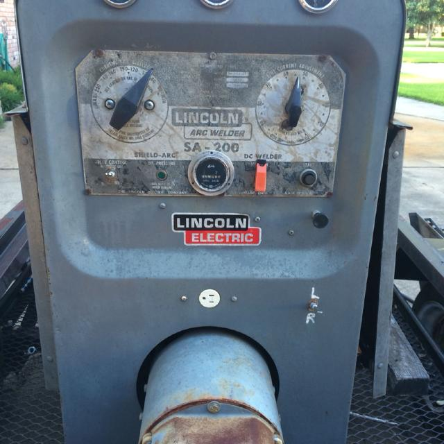 1976 Lincoln black face sa-200  Welding machine Price reduced