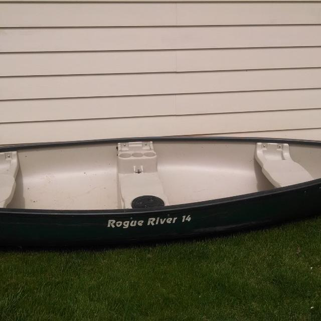 Rogue River 14 ft canoe