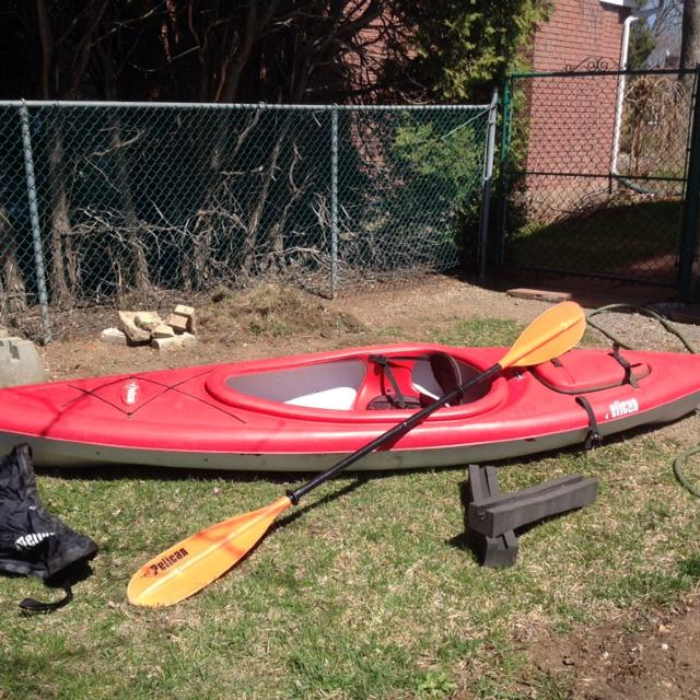 Kayak - Pelican 10 Ft